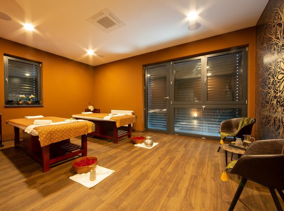 Luxury massage rooms