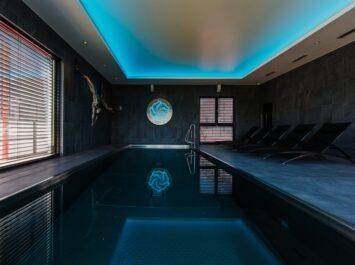 Swimming pool in Barok hotel